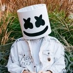 """[WATCH] Selena Gomez and Marshmello take us behind the scenes of their music video for """"Wolves""""!"""